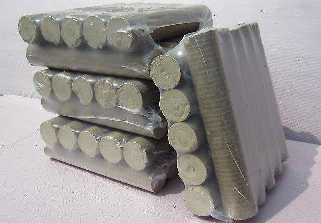 Целлофановая упаковка брикетов топлива