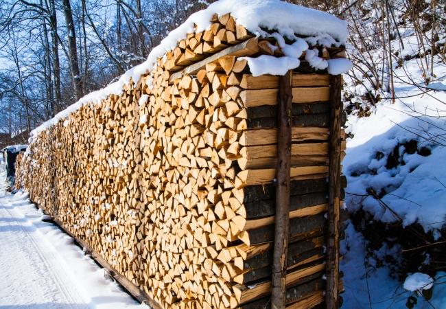 Организованное хранение дров