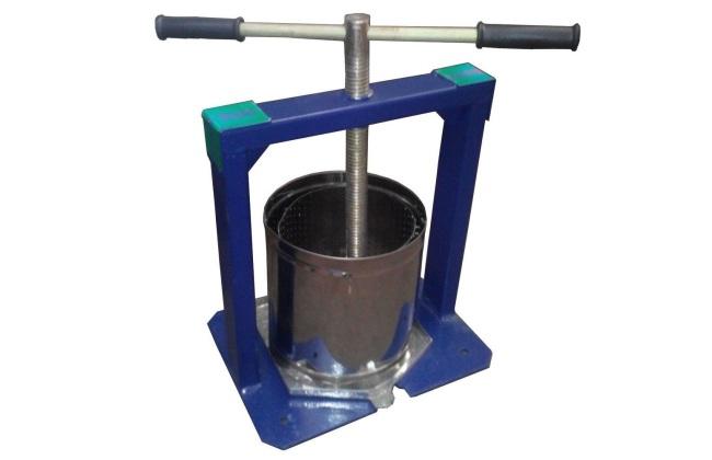 Винтовой пресс для формовки брикетов топлива
