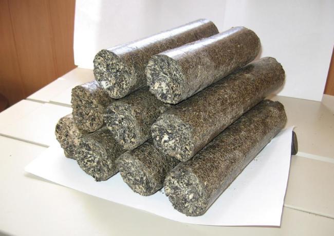 Топливные брикеты из семян и шелухи подсолнечника