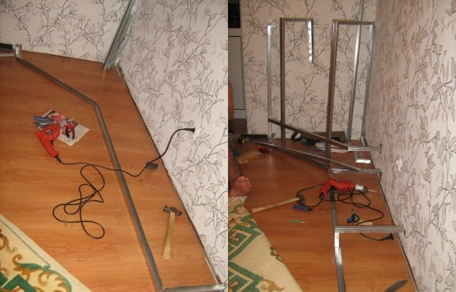 Начинаем создавать каркас камина в углу комнаты