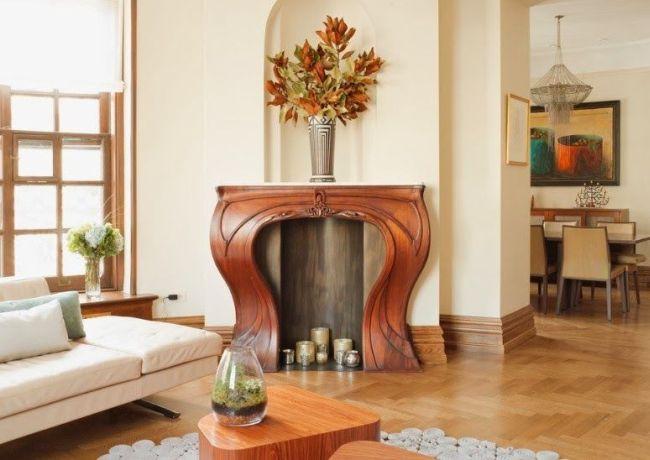 Шикарный деревянный портал для камина ручной работы