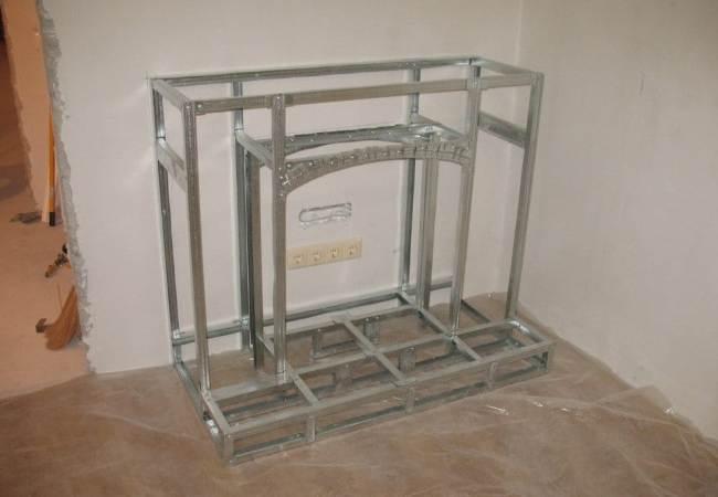 Каркас фальш-камина из металлического профиля