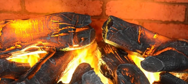 Красивая имитация настоящего огня