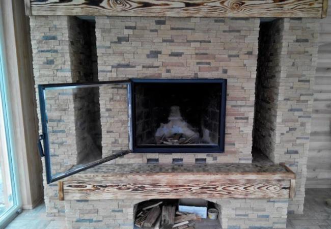 Установка дверцы на камин сосульки над дымоходом